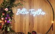 Đèn Neon Sign-Backdrop cho tiệc cưới xu hướng mới nhất năm nay