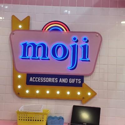 Hệ thống chuỗi shop MOJI