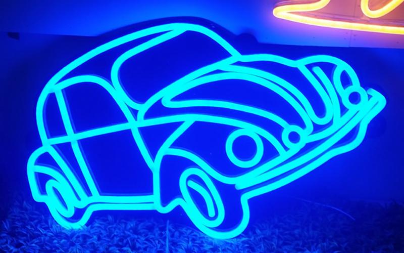Địa chỉ tư vấn thi công thiết kế Neon Sign giá rẻ tại Hà Nội 3