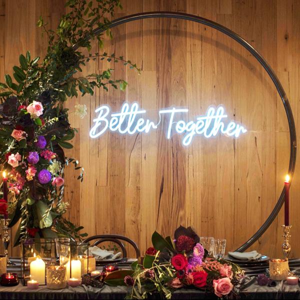 Đèn Neon Sign-Backdrop cho tiệc cưới xu hướng mới nhất năm nay 2